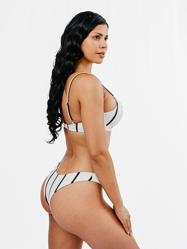 BAIA - Underwire Bikini Top Schwarz&Weiß