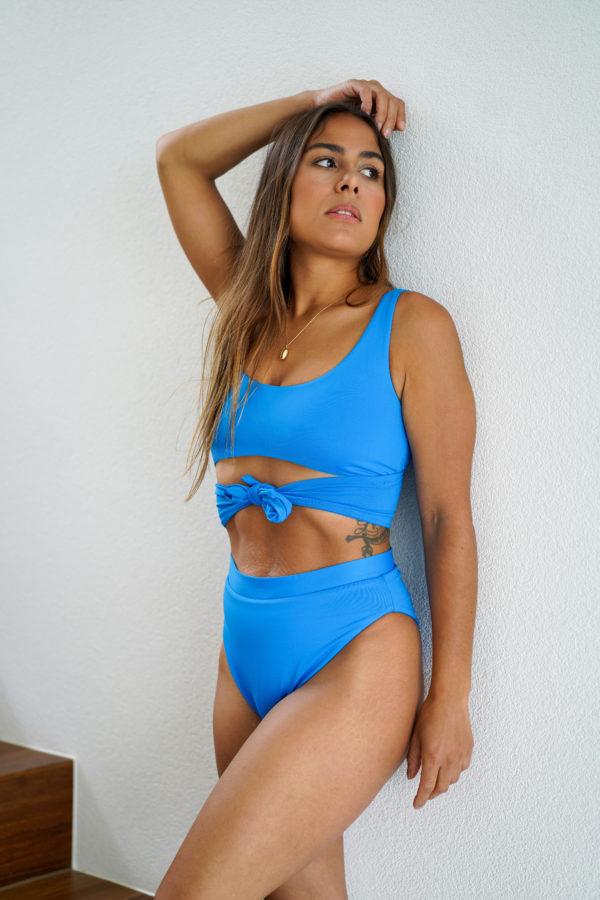 COPACABANA – The Top Electric Blue