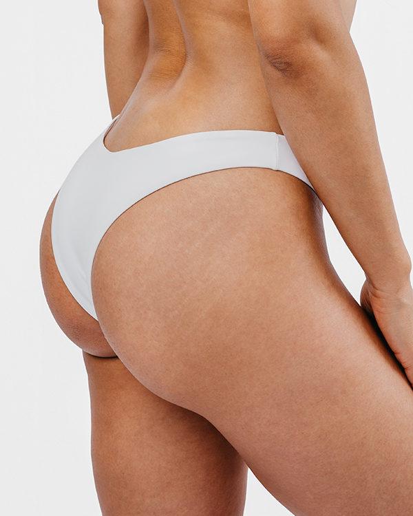 BAIA - Brazilian Cut Bikini Bottom Weiß